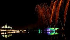 Fte d'inauguration des nouveaux quais d'Auxerre le 14/12/2013 (jjcordier) Tags: lumire fte quai feudartifice jeux auxerre yonne