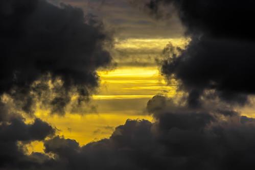 Apartando Las Nubes