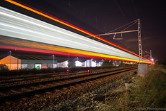 Rapido! (Cristianphotography) Tags: city urban night train tren noche spain nikon paisaje nocturna gandia vias largaexposicion longexposition vacias d5200 nikond5200