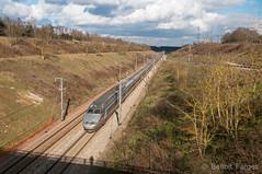 [SNCF] 3xx + 384 (Benot Farges) Tags: sncf tgv24000 janvry tgv8825