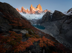 Ascension (Loscar Numael) Tags: travel patagonia lake mountains argentina zeiss los nikon sucia reallyrightstuff glaciares rrs singhray distagont2815