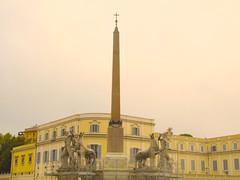PIAZZA DI QUIRINALE (Honevo) Tags: italy rome roma photo italia piazza obelisco quirinale romanart egyptianart obelisc arteromano piazzaromana honevo piazzadiquirinale hnevo honevophoto