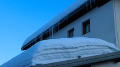IMG_9516 (formobiles.info) Tags: panorama strada tetto neve bianca sole montagna sci paradiso terrazzo pordenone calda panna cioccolata piancavallo aviano bellissimo pieno soffice cumulo innevata cumuli pulita spiovente lucernari nevischio instagram