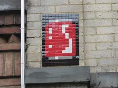 Space Invader NY_177 (tofz4u) Tags: nyc usa streetart ny newyork tile mosaic unitedstatesofamerica spaceinvader spaceinvaders coke can invader cocacola canette mosaque artderue tatsunis canofcoke ny177