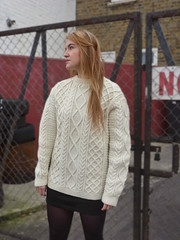 WOMENS CHUNKY KNIT SLOUCHY OVERSIZED CREAM WOOL ARAN JUMPER (Mytwist) Tags: irish woman sexy wool girl fashion sex lady female fetish vintage cozy fisherman cream knit craft style womens retro collection passion jumper oversized aran thick velour chunky wollen laine vouge wolle sweatergirl knitwear cabled slouchy vtg woolfetish grobstrick aranstyle zodaar