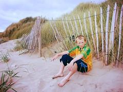 Jack (Steve Lundqvist) Tags: county ireland boy red sea portrait irish guy beach sport fence football seaside kid sand outdoor sporty donegal irlanda sportwear