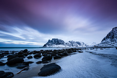 Uttakleiv beach (Lukasz Lukomski) Tags: longexposure snow mountains beach water norway landscape island norge rocks scandinavia lofoten woda archipelago plaża sigma1020 krajobraz norwegia wyspa snieg skandynawia uttakleiv lofoty nikond7200 lukaszlukomski