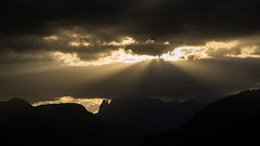 Breakthrough (El.buitre) Tags: morning sun mountain berg clouds landscape spring ray wolken landschaft sonne morgen sonnenstrahlen sunray sdtirol frhling southtyrol strahlen a6000 samyang12mmf2