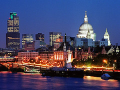 London Skyline, England (pakdyziner) Tags: public creative free images common domain fifcu