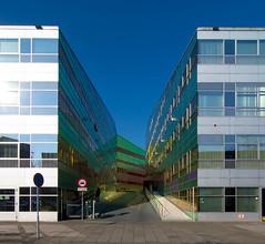 _DSC2220 (durr-architect) Tags: light sun colour reflection netherlands glass architecture modern facade offices almere dfense berkel unstudio