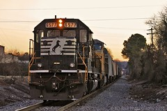 NS 126 at Cleveland,TN (KD Rail Photography) Tags: railroad sunset diesel ns tennessee cleveland trains transportation eveningsky ge eveninglight winterweather generalelectric norfolksouthern tennesseevalley emd epicsky diesellocomotive sd60 ac4400cw generalmotordiesel electricmotivedivision onelineinfinitepossibilities