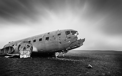 Marooned (Yogi.Arora) Tags: longexposure is iceland south wreckage blacksandbeach crashedplane canonef1740l canon5dmark2 solheimasandurplanewreck