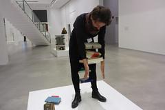 Wurm15 (mitue) Tags: berlin erwinwurm oneminutesculpture berlinischegalerie nks beimutti
