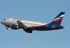 VP-BUK (G-650) Tags: germany airport russia aviation transport flight airline airbus dusseldorf aeroflot a319 dus eddl vpbuk