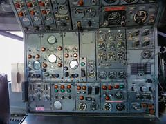 First 727: Cockpit and controls (j3tdillo) Tags: cockpit museumofflight controls boeing 727 b727 historicaircraft n7001u