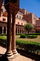 Monreale - Palermo (Massimo Frasson) Tags: italy italia monumento chiesa palermo architettura oldcity sicilia chiostro cattedrale monreale centrostorico religione pittoresco normanni spiritualit