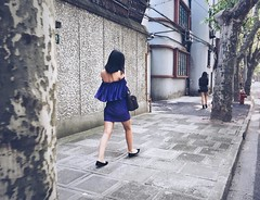Fashion girls  ... BGM #shanghai #onlyPhone #phoneOnly #iphonegraphy #phone (Lawrence Wang ) Tags: girls fashion photography shanghai phonecamera dailyphoto iphonegraphy onlyphone phoneonly   bgm
