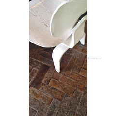 iPhone4s 2015-606 (hawing486) Tags: detail texture chair structure ornament seoul form shape proportion aa typology iphone4s hwanghyochel