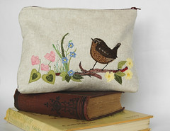 Make up bag with garden scene (Julia York Designs) Tags: flower make up bag wren freemotionembroidery makeupbag appliqué makeuppouch freemotionstitching ukhandmade birdapppique