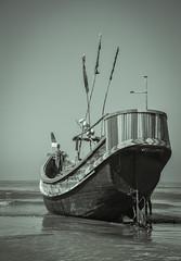 Lonely (Junayet Yum) Tags: sea nature landscape boat blackwhite saintmartin nikon monochromatic noon bangladesh coxsbazar beautifulbangladesh