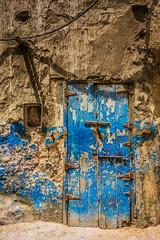 Essaouira - Streets and doors of Essaouira (Thomas G. from U.) Tags: africa door streets streetlife morocco maroc maghreb essaouira marokko streetviews mogador almaghrib kingdomofmorocco northwestafrica  mogadore   thewesternkingdom asawra taurt almamlakahalmaghribiyah regionofwesternnorthafrica marrakeshsafi  313047n94611w