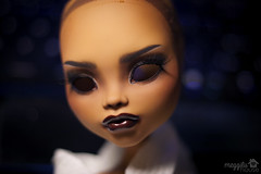 "Luna (MH Clawdeen 17"") (Meggilu) Tags: house eye face fashion monster ball dark high inch doll dolls skin ooak tan carving luna customized 17 bjd tall custom dollfie opeining jointed customization ghouls repaint faceup frightfully meggilu clawdeen"