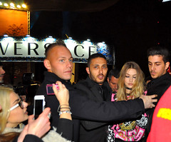 Gina Hadid (Paulix Black) Tags: show street milan fashion model boobs accident gina week incident versace hadid mfw
