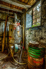 Apparatus (leroysfotos) Tags: mill abandoned lost mhle lp urbex getreide lostplaces lostplace