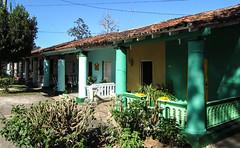 """Viñales: la suite de casas particulares de notre rue <a style=""""margin-left:10px; font-size:0.8em;"""" href=""""http://www.flickr.com/photos/127723101@N04/24800059913/"""" target=""""_blank"""">@flickr</a>"""