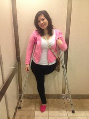 amp-1107 (vsmrn) Tags: woman crutches amputee onelegged