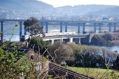 333-405-9 Tren Hotel Talgo O Couto 12-03-16 (Ramiro Ferrol) Tags: del de tren puente hotel el 12 marzo por 2016 pasando couto 3334059 5c4