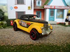 Hotwheels Neet Streeter (HrExplorer) Tags: cars car hotwheels hotrod neet diecast streeter neetstreeter