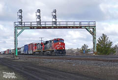 CN 2268 (Ramblings From The 4th Concession) Tags: freighttrains cnrail es44dc gelocomotives cn2268 parisont parisjct cndundassub panasonicfz1000
