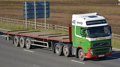 YJ58 XGT (panmanstan) Tags: truck wagon volvo motorway yorkshire transport lorry commercial vehicle fh flatbed m62