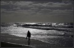 Mar a contraluz (Totugj) Tags: argentina contraluz mar nikon villa nikkor gesell provinciadebuenosaires 55300mm d5100