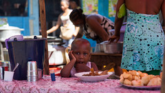 The girl in the market (Waak'al) Tags: girl island child market ile fille madagascar marché février 2016 hellville