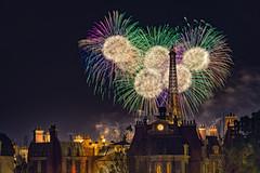 Symphony in the Stars (Allen Castillo) Tags: epcot fireworks disney wdw waltdisneyworld disneyfireworks nikon28300 disneyshollywoodstudios symphonyinthestars nikond610 francepaviilion