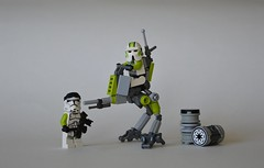 AT-RT (~J2J~) Tags: 2 trooper green star lego walker wars lime clone phase arealight atrt brickforge minifigcat