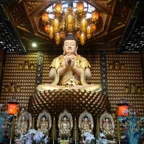 Thumbnail from Temple of Ten Thousand Buddhas
