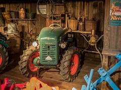 Vintage Farm Technology (spline_splinson) Tags: tractor de deutschland rust traktor transportation antiquetractor oldtechnology eron oldtractor badenwrttemberg vintagefarmequipment uhldingenmhlhofen