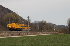 Grue Kirow en ligne (Maxime Espinoza) Tags: train zug infra grue autriche obb voies ferroviaire kirow kuftein schaftenau