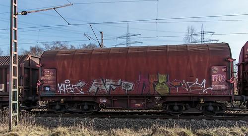 2806_2016_03_26_Gelsenkirchen_Bismarck_DE_0275_902_Graffiti_Shimmns