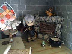 Dragonbaby, dont go above the fireplace!! (trishahillery) Tags: castle diy doll dragon magic ini spell frog owl pullip hogwarts magical dollhouse spells