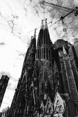 Sagrada Familia (Sharpie314) Tags: barcelona bw white black familia spain modernism catalonia gaudi sagrada antoni catalan modernisme
