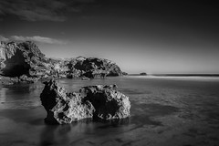 Sorrento (Billie_1209) Tags: ocean longexposure sunset blackandwhite bw seascape beach landscape nikon rocks sorrento morningtonpeninsula seasky backbeach