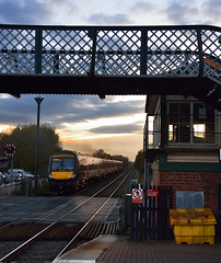 Narborough sunset (Nic Joynson) Tags: street new birmingham box leicester signal narborough 170104