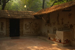 """Gond"" Hut of Madhya Pradesh, at Crafts Museum, New Delhi (ilovethirdplanet) Tags: india artwork delhi hut ind"