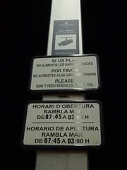 Zona vigilada (h5b9) Tags: barcelona schilder cctv hafen