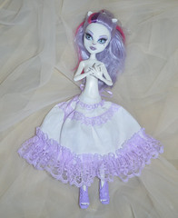 White and lavender monster high (ceressiass) Tags: white cute monster promotion shop de miniature clothing high hand sale handmade lace girly sewing wide violet lavender skirt clothes made lolita lilac catherine short kawaii ribbon etsy puffy mh mew decorated sewed promote oll ceress