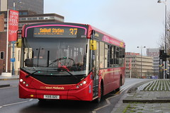 National Express West Midlands 2213 (Ash Hammond) Tags: 2213 nationalexpresswestmidlands alexanderdennisenviro200mmc yx15ozc